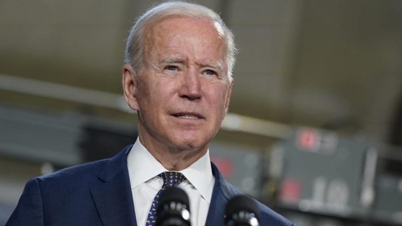Biden quiere que se vacune al 70% de los adultos para el Día de Independencia