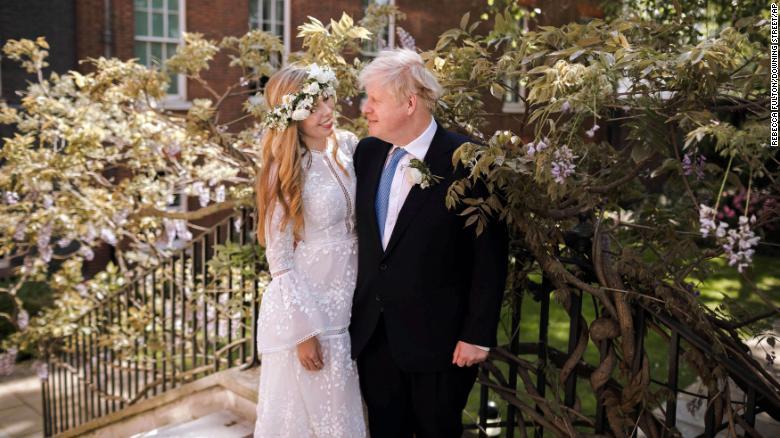 Operación manto y peligro: boda secreta de Boris Johnson y Carrie Symonds