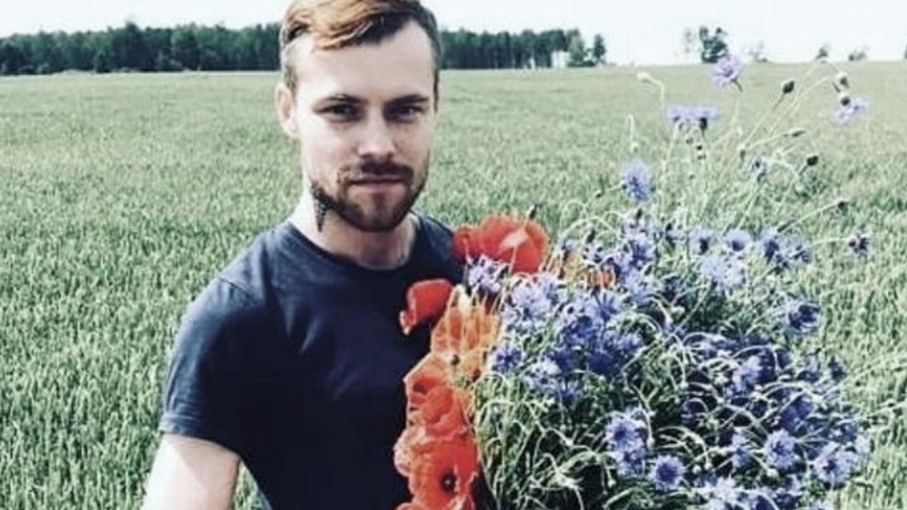 Rocían gasolina y le prenden fuego a paramédico por ser homosexual