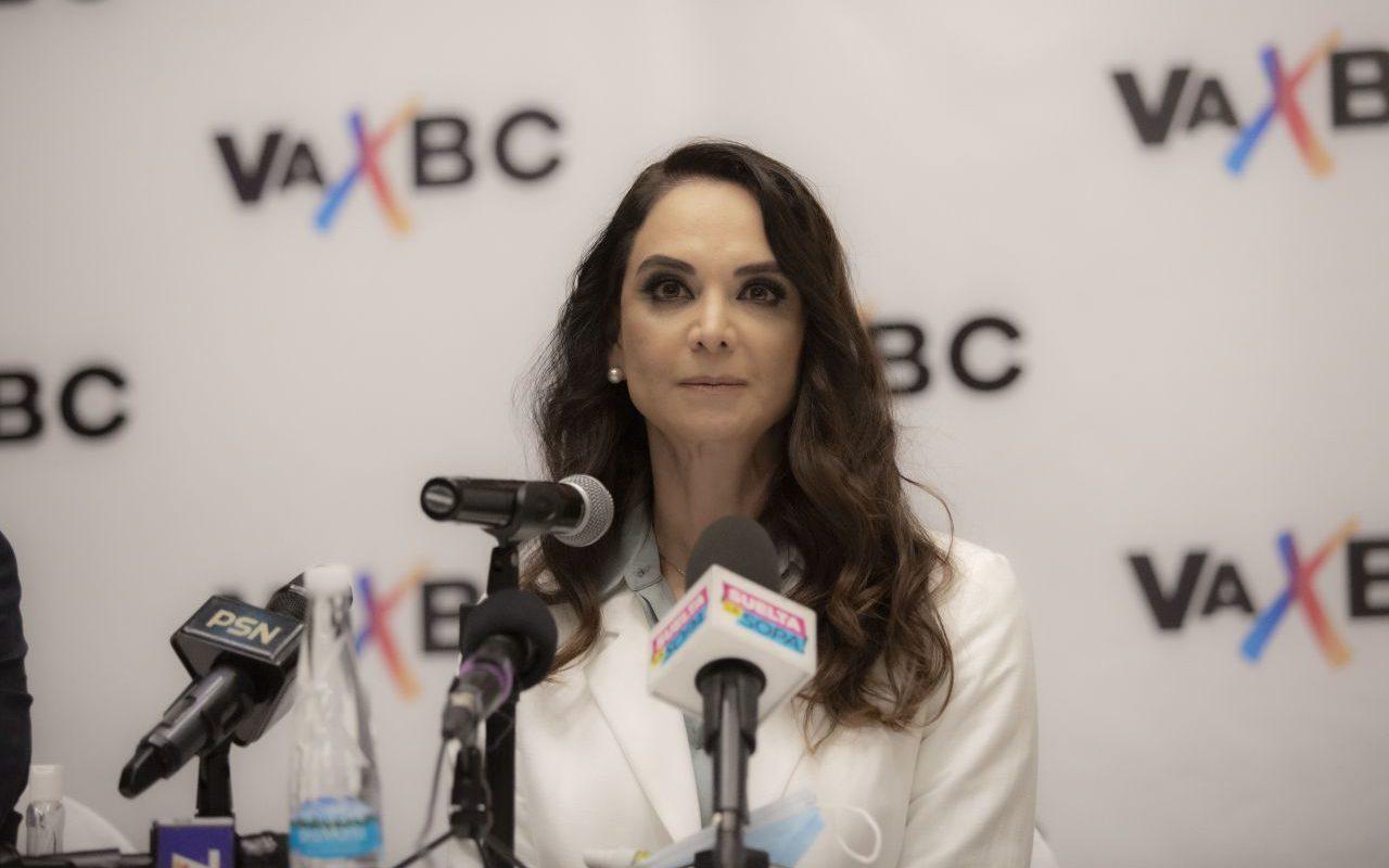 Gobernador de Baja California es denunciado ante la UIF; Lupita Jones lo acusa de lavado de dinero