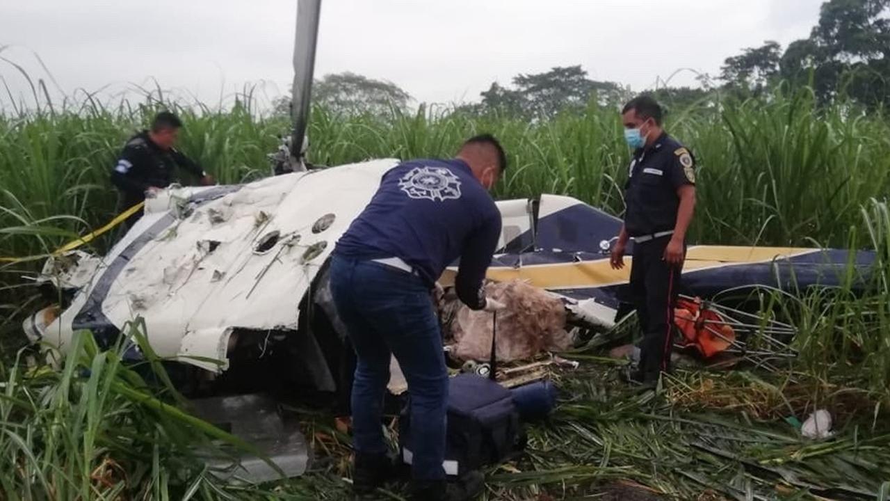 Helicóptero sufre desperfecto y se desploma en Guatemala; 4 personas murieron tras el impacto