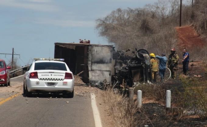 Mueren 4 personas y 7 heridos de gravedad al protagonizar accidentes carreteros