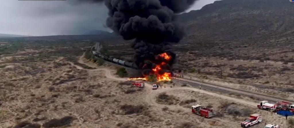 Arde contenedor por robo de gasolina al sur de Saltillo