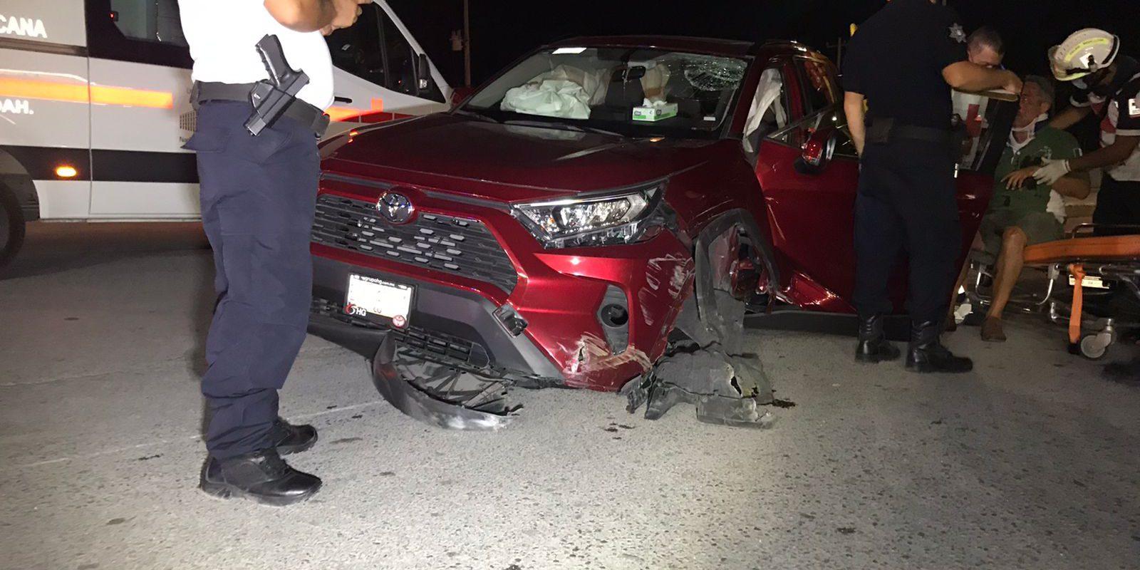 Policiaca: Sexagenario casi vuelca al tronarle y salirse una llanta delantera en bulevar San José de Monclova