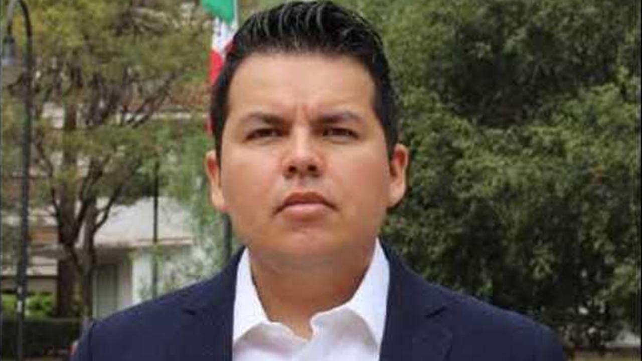 Raúl de Jesús se convierte en el primer diputado migrante de la Ciudad de México