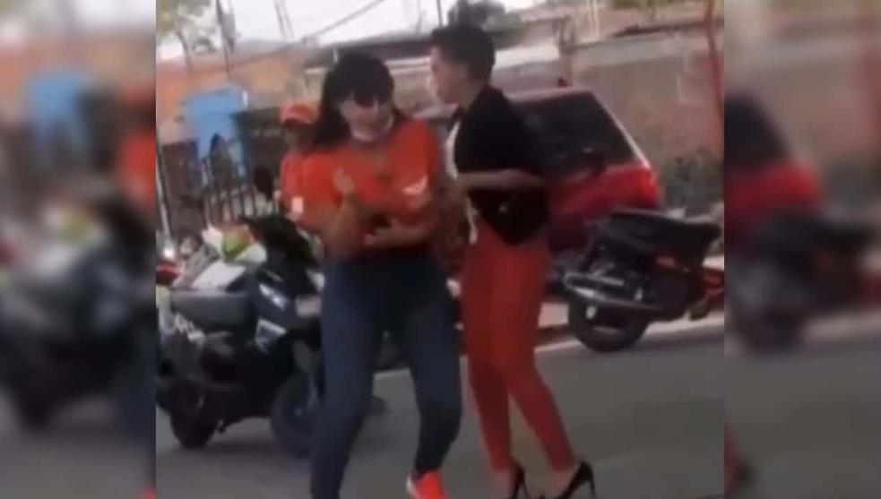 Con ocho balazos, mataron a Alma Barragán, candidata de MC; captan su muerte en video