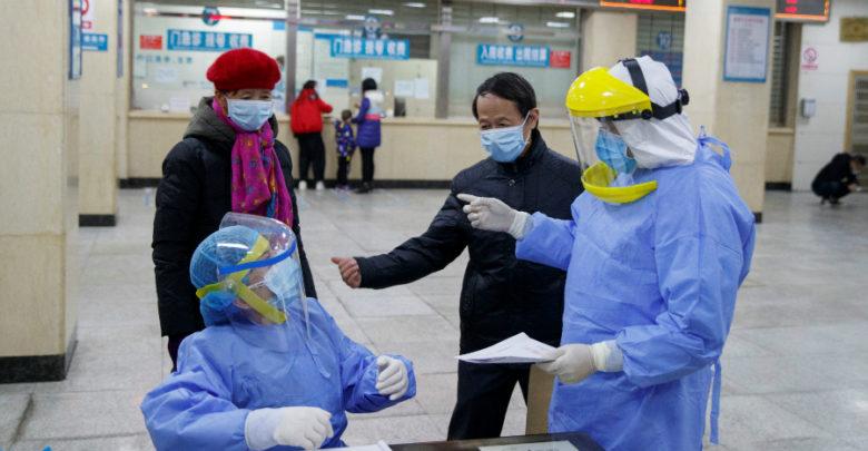 Primer caso humano de cepa de gripe aviar H10N3