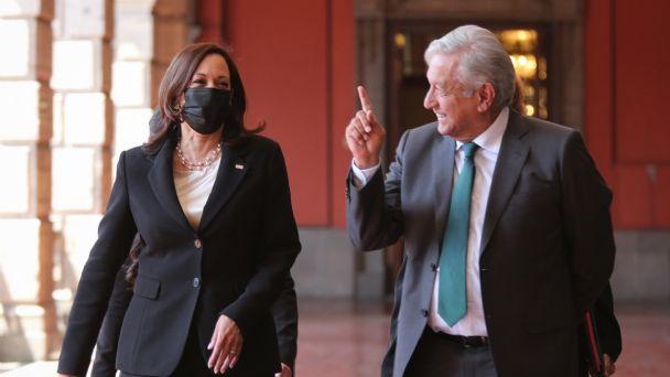 Kamala le dijo a AMLO que le preocupa la corrupción e impunidad de México: EFE