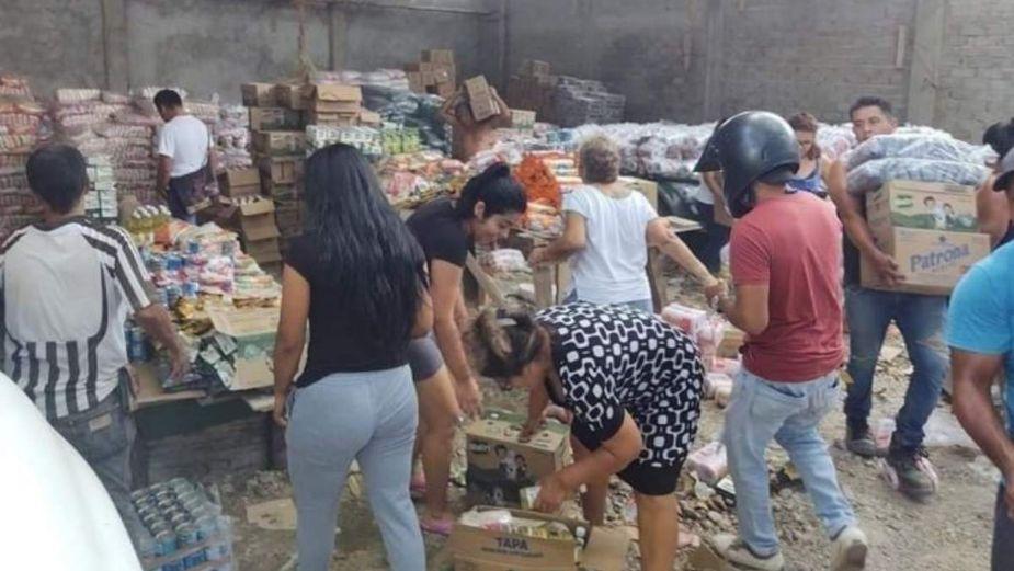 Habitantes saquearon locales llenos de despensas en Oaxaca