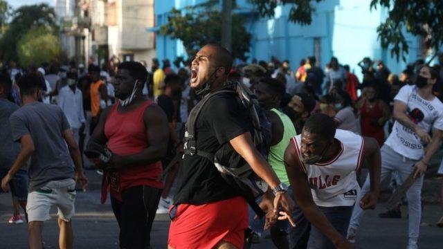 Estados Unidos instó a Cuba a que habilite el acceso a internet a sus ciudadanos