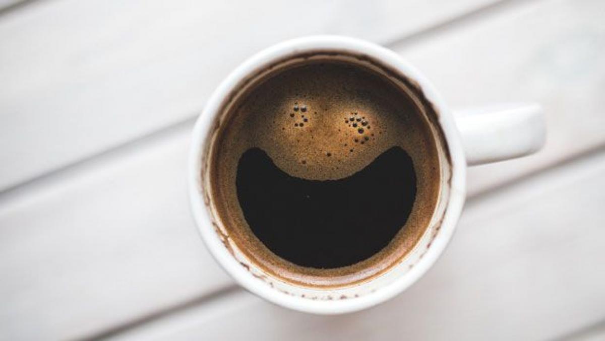 ¿Una taza de café es el secreto contra el covid-19?