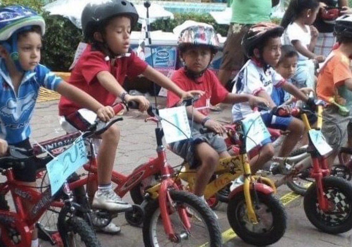 Invita San Buenaventura a carrera ciclista infantil