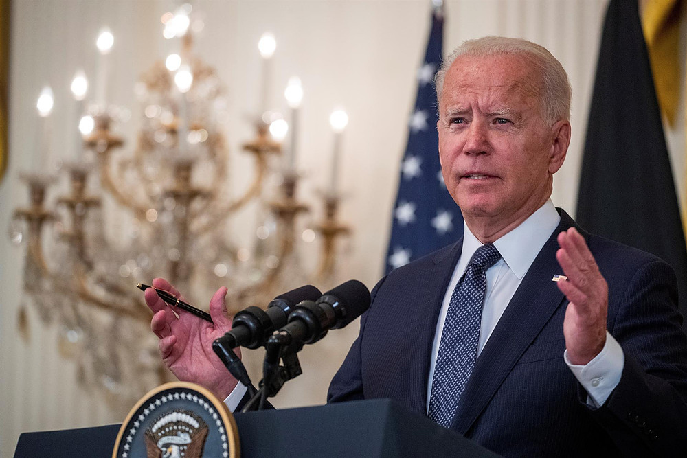 Joe Biden estudia restaurar el Internet en Cuba