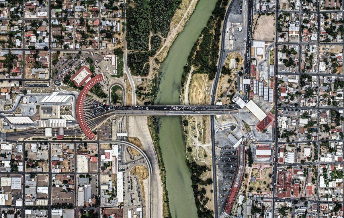 Se extiende un mes más cierre de puentes internacionales en frontera México - EE.UU