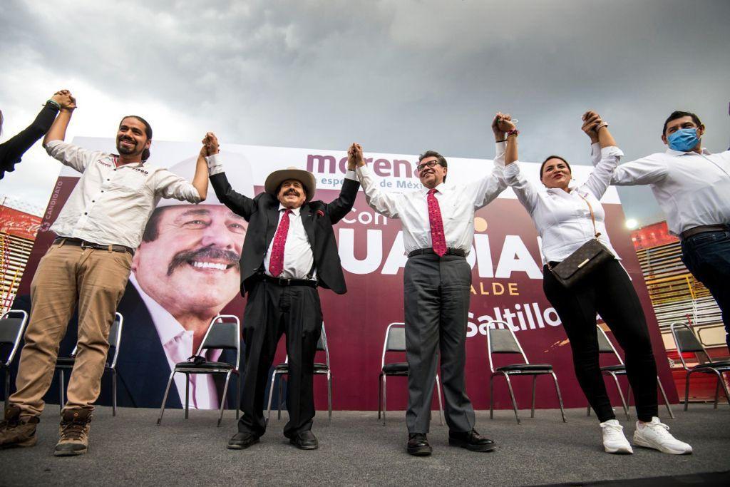 Realizan destape de Monreal para 2024 en plaza de toros en Coahuila