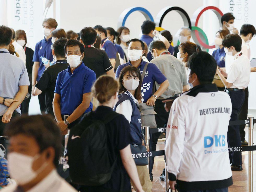 Tokio registra récord de nuevos casos de covid-19