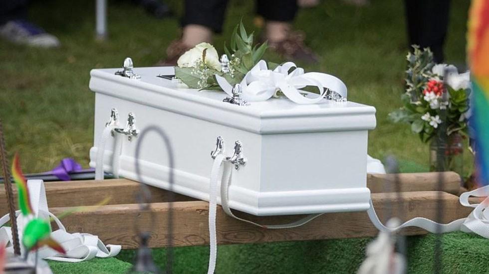 Niño de 9 años muere de COVID-19; su mamá lo llevó con un curandero y no al hospital