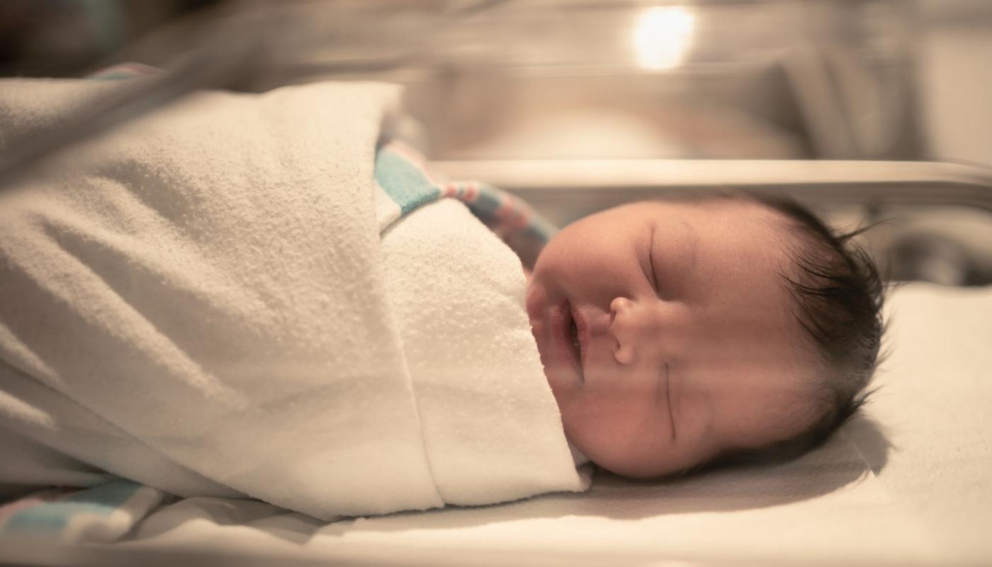 Bebito recién nacido falleció en hospital: Recibió 'gas de la risa' en vez de oxígeno