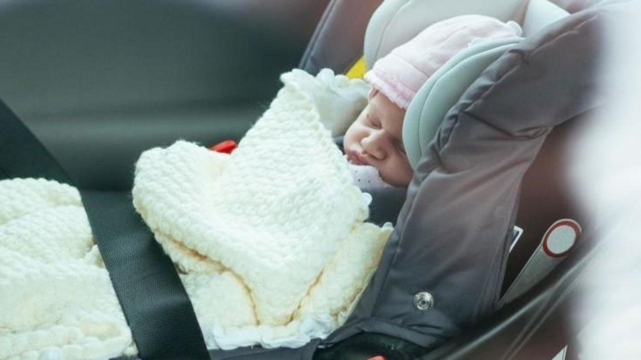 Mujer drogada dejó a bebé de 2 años dentro de su vehículo: La pequeña falleció de hipotermia