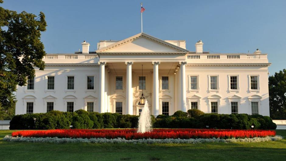 Reportan casos de COVID-19 en la Casa Blanca
