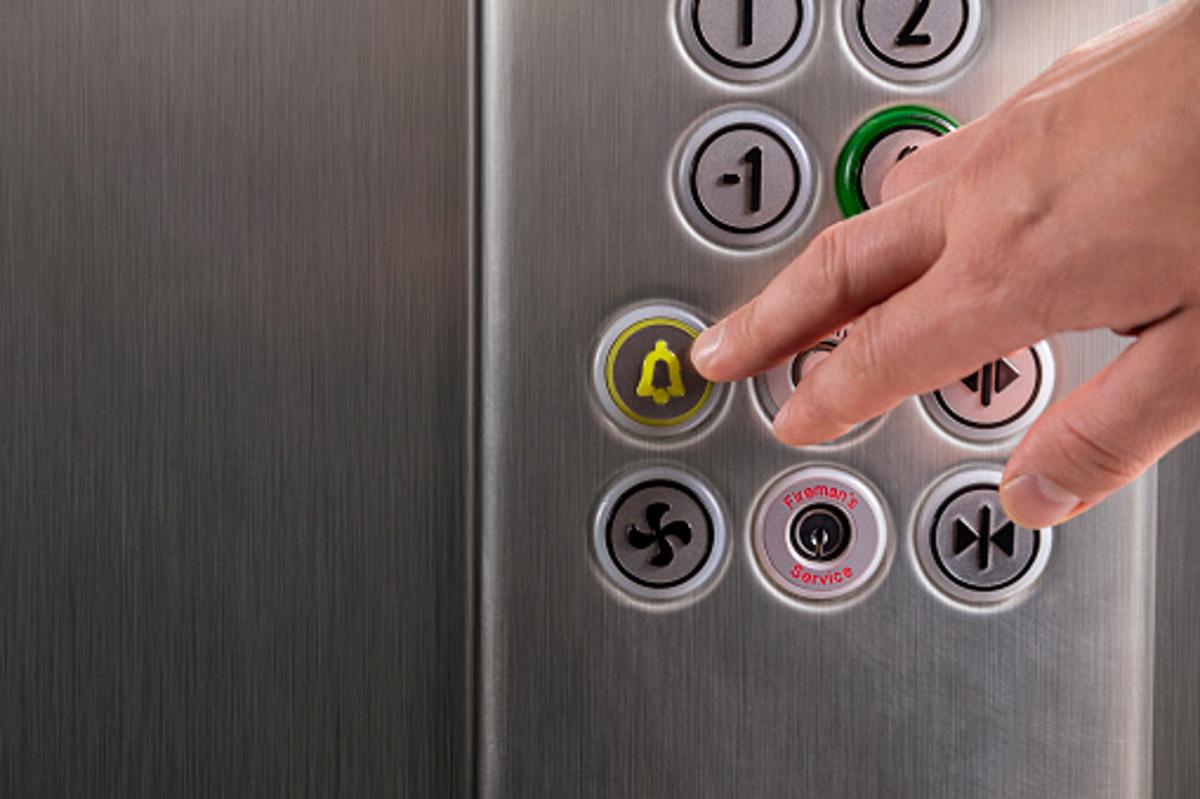 Policiaca: Niño de 7 años perdió la vida al ser aplastado por un elevador