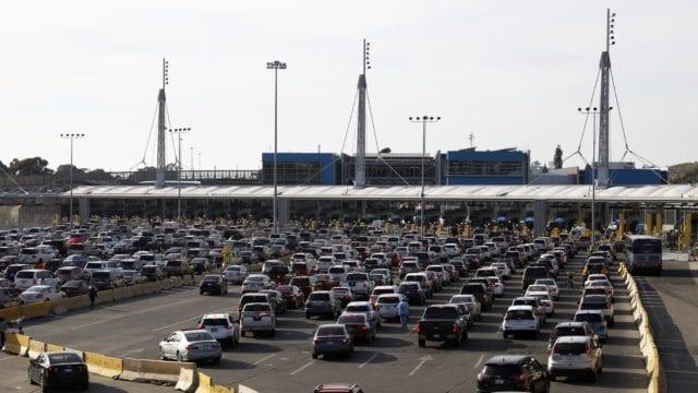 México y EU extienden cierre de frontera