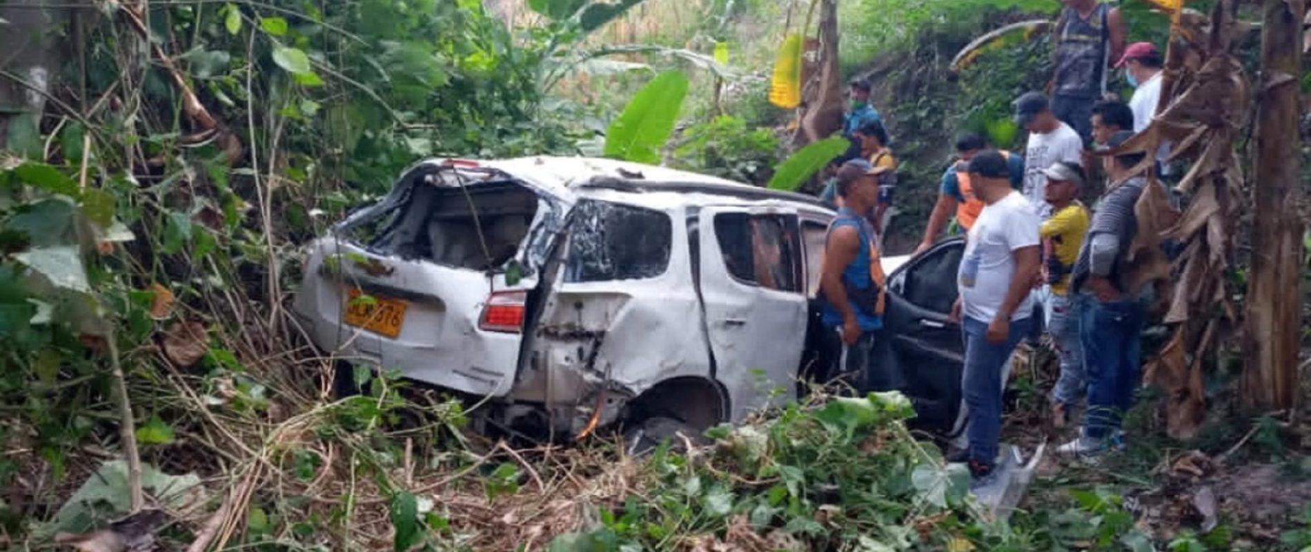 Héctor perdió a toda su familia en un accidente vial: La camioneta en la que iban cayó a un abismo