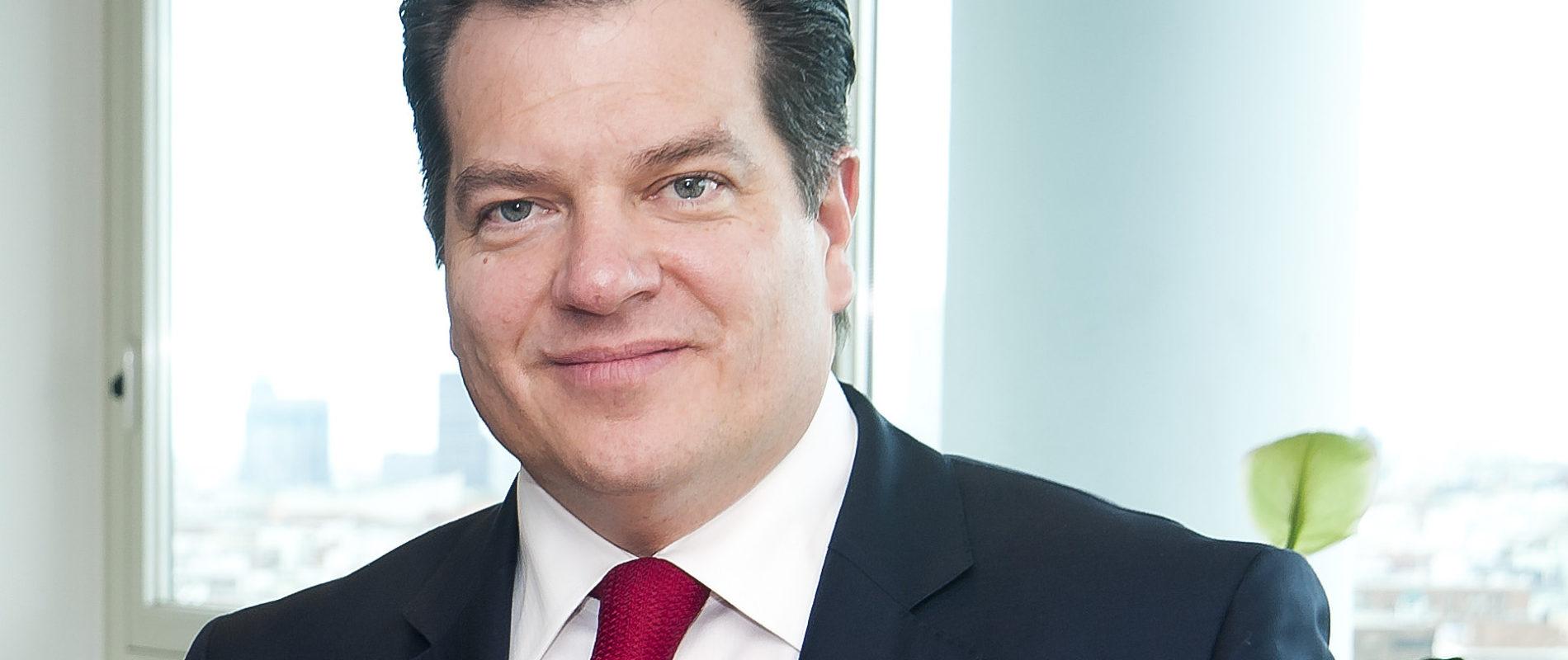 Alemán Magnani está en EU y Europa buscando fondos para Interjet; no está huyendo: Abogado