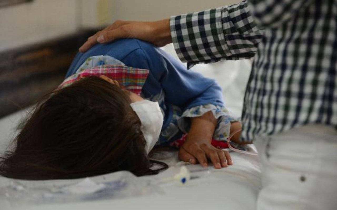 Niña de 8 años sufrió quemaduras por utilizar la estufa: Sus padres no estaban en casa