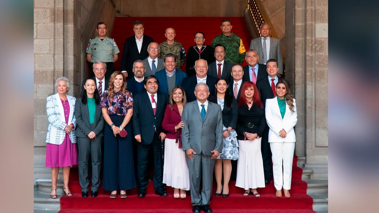 Se reúne AMLO con gobernadores electos; buscarán disminuir delitos en 50 municipios