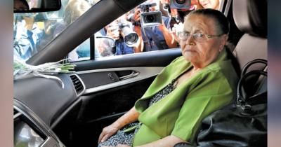 Doña Consuelo, mamá de 'El Chapo' Guzmán tiene COVID; se contagió cuando fue a misa