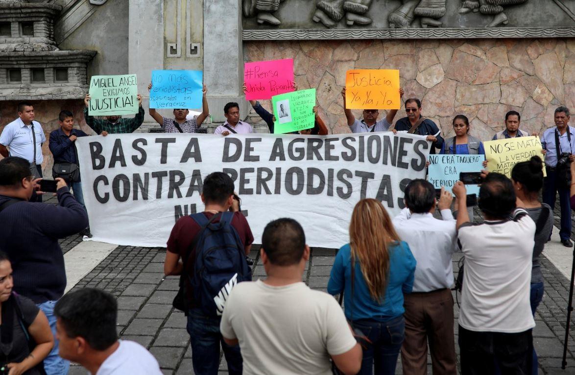 Asesinatos a periodistas y defensores de los derechos humanos han aumentado en sexenio de AMLO