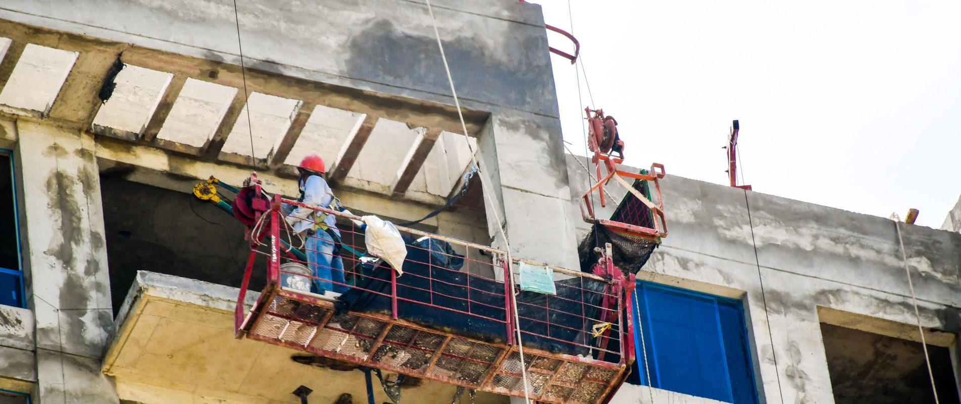 Samuel murió al caer de un sexto piso en una construcción: Tenía tres días trabajando