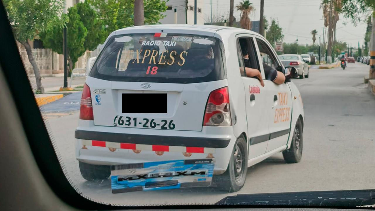 ¿Eso sí está en las leyes?; chofer de InDriver expone a taxista en Monclova