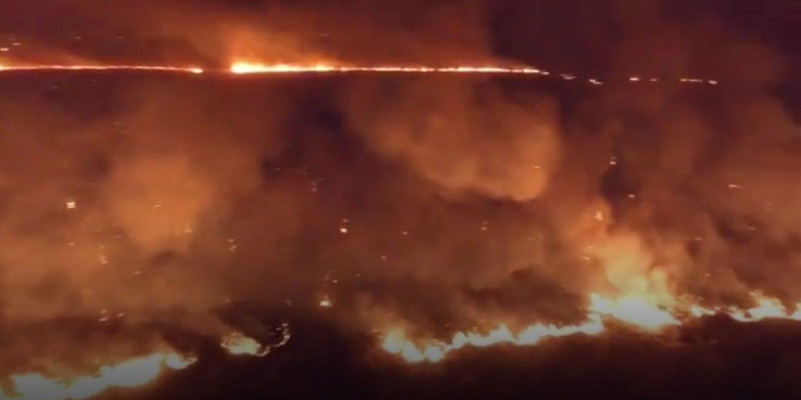 Incendio arrasa con más de 22 hectáreas en la carretera 30