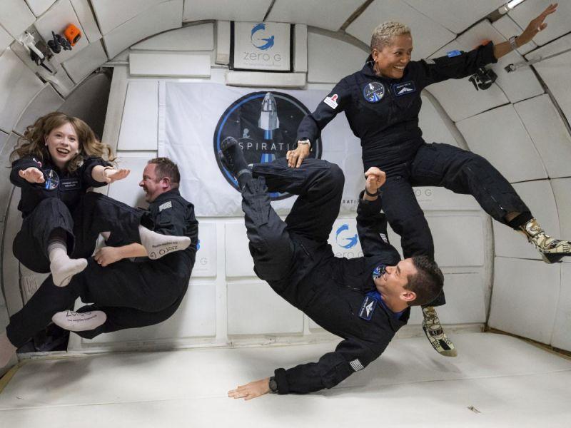 Turistas de SpaceX se declaran listos para su viaje al espacio