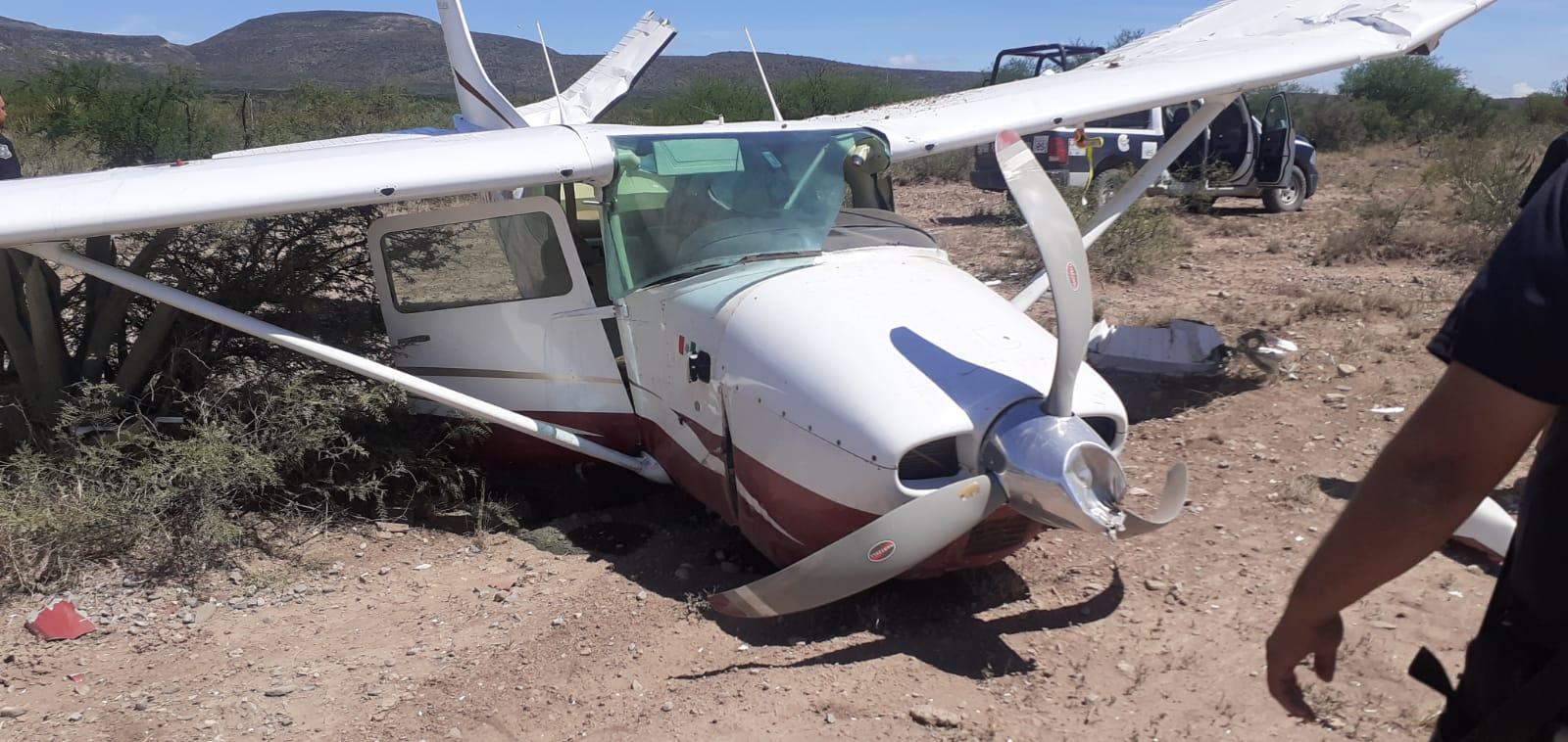 ¡Viven para contarlo! rescatan a cuatro tripulantes de aeronave que cayó en Castaños