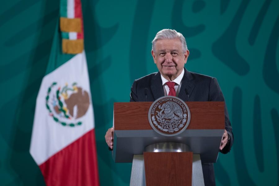 Pedirá López Obrador a Ebrard impulsar el voto en el extranjero