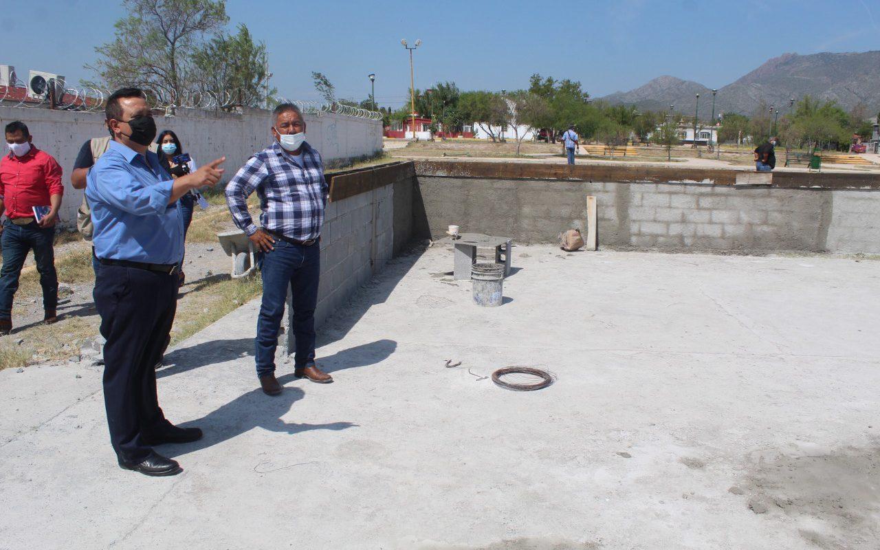 Construyen cancha de pasto sintético en la Colonia Independencia de Castaños