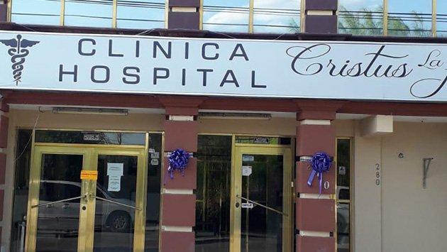 Clausuran clínica en Acuña; médico perforó el corazón a una mujer en medio de una liposucción