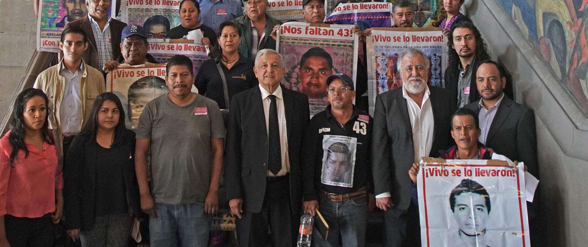 Encontramos documentos muy importantes sobre el caso Ayotzinapa: AMLO