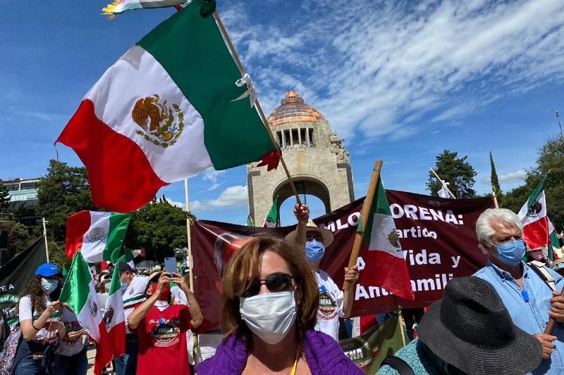 FRENAAA convoca a marcha para juicio político contra AMLO; señala 17 actos delictuosos