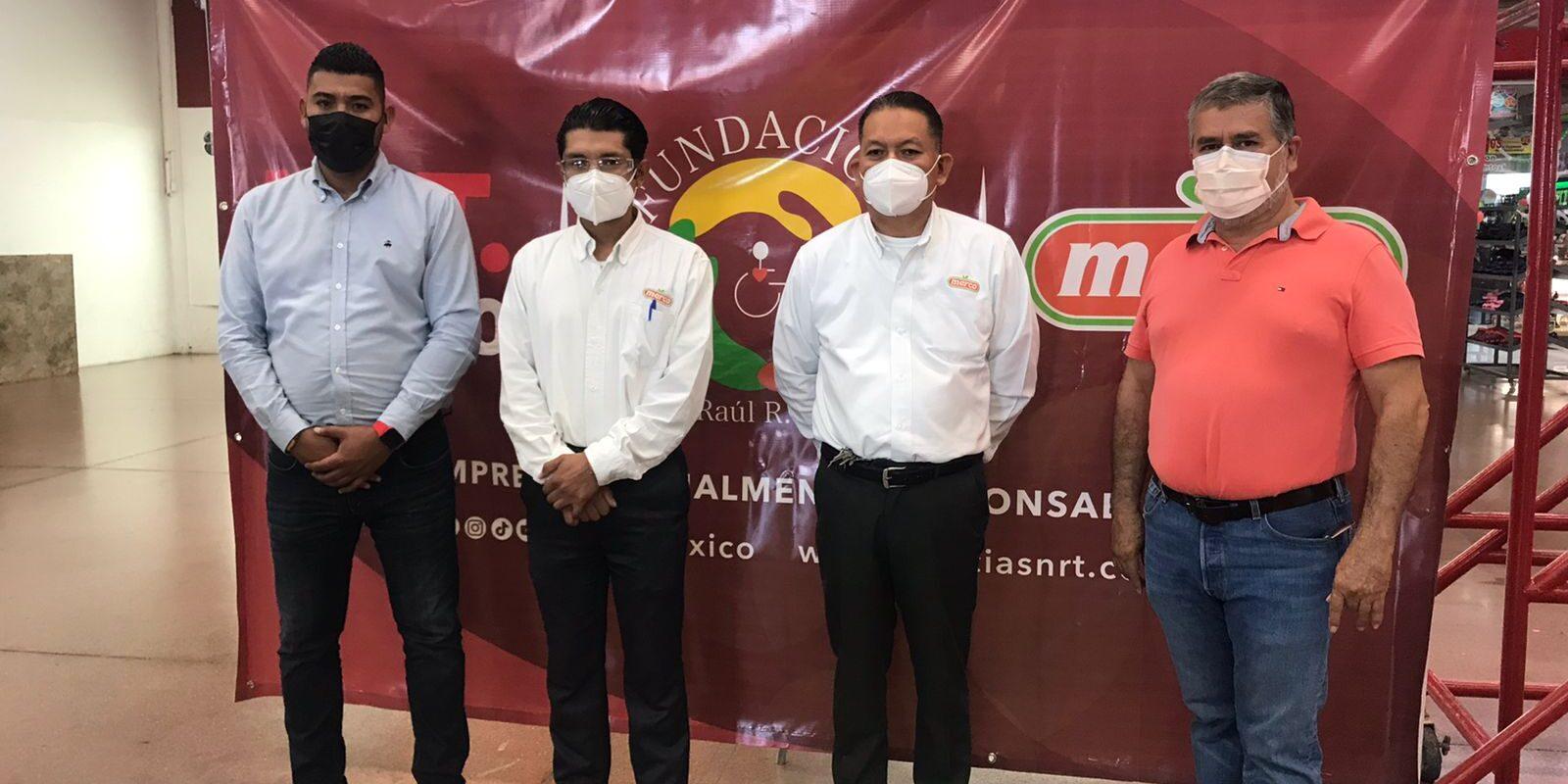 Fundación Don Raúl R. González y Grupo Merco donan 15 mil botellines de agua para migrantes varados en Acuña