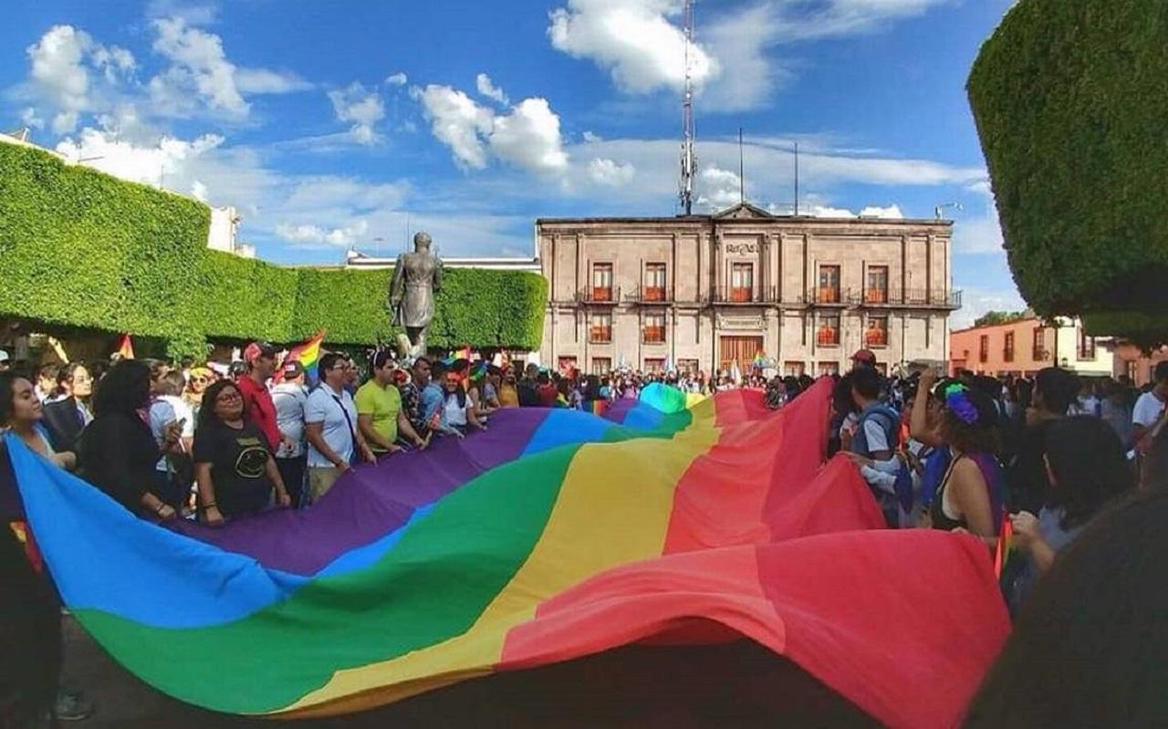 Iglesia le dice 'no' al matrimonio igualitario; Diócesis aplicará acciones legales contra bodas gay en Querétaro