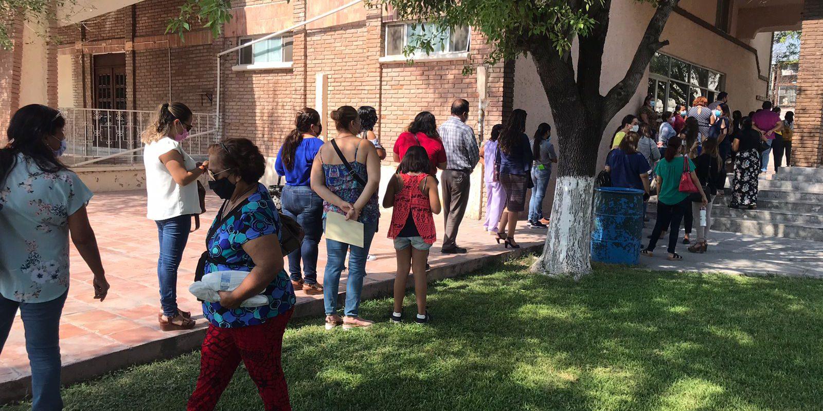 En Educación Básica 16 maestros de la Región Centro de Coahuila, bajo sospecha de que tienen COVID; tres casos confirmados