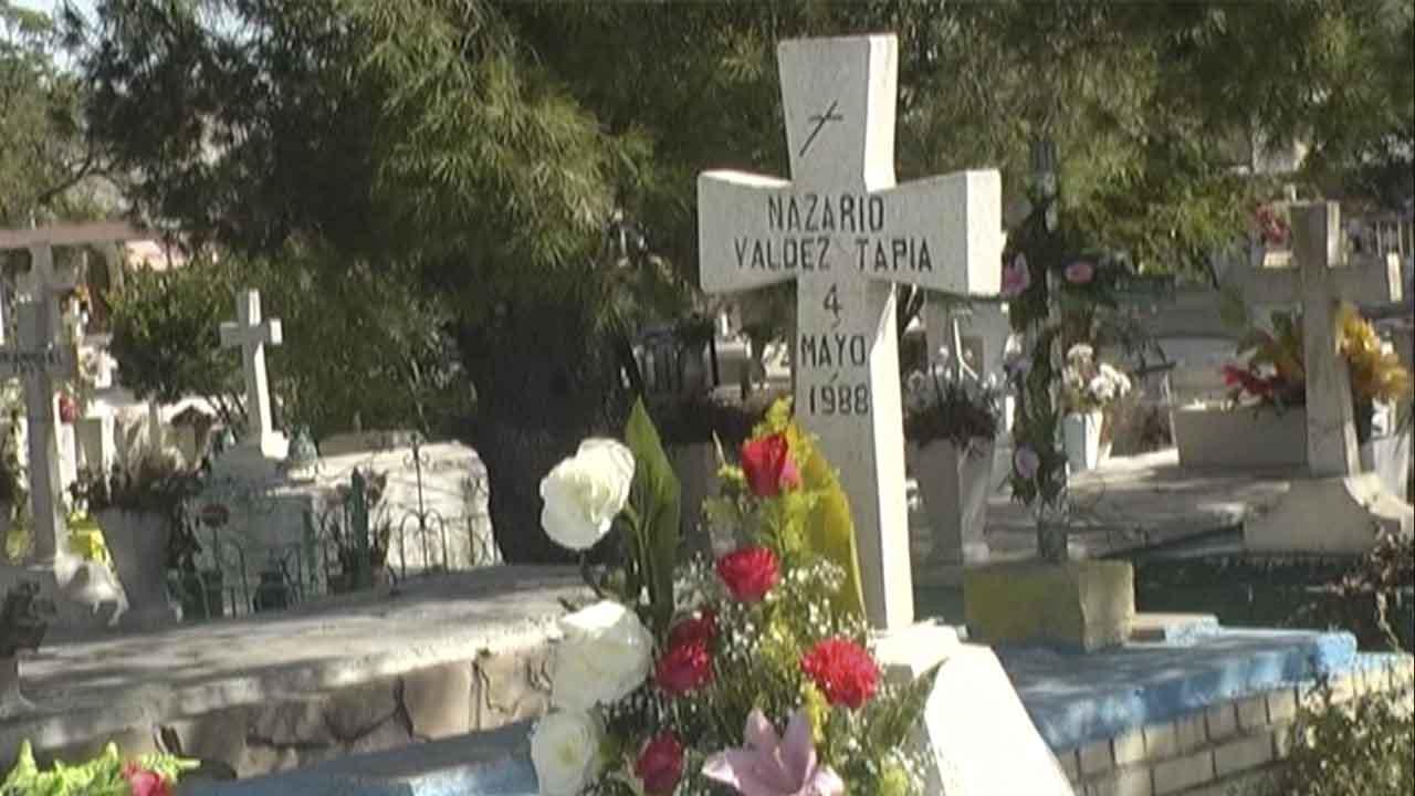 Norma intentó quitarse la vida en Saltillo; se metió a la tumba de su mamá y se cortó las venas