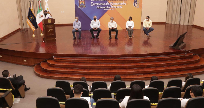 Entregan reconocimientos a Alumnos Destacados de Nuevo Ingreso a la UAdeC de la Unidad Norte