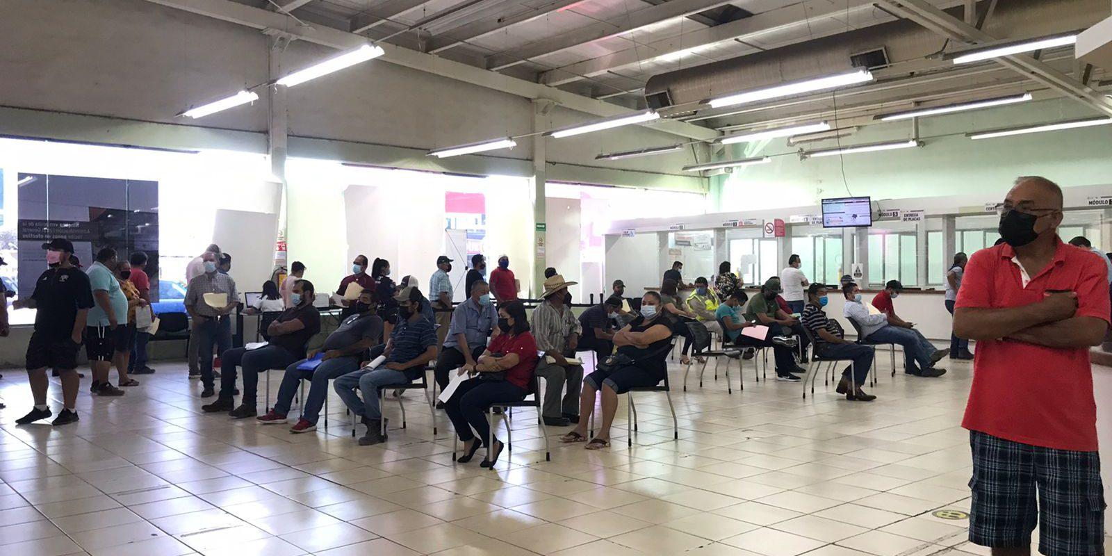 Vuelven los retenes contra placas vencidas en Monclova; y aumenta solicitudes para replaqueo