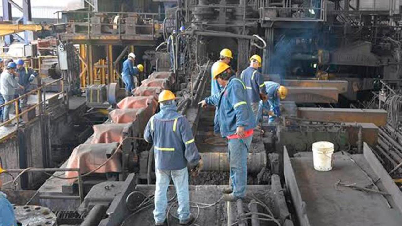 Contrata AHMSA a nuevo personal: 79 obreros más se unen a sus filas