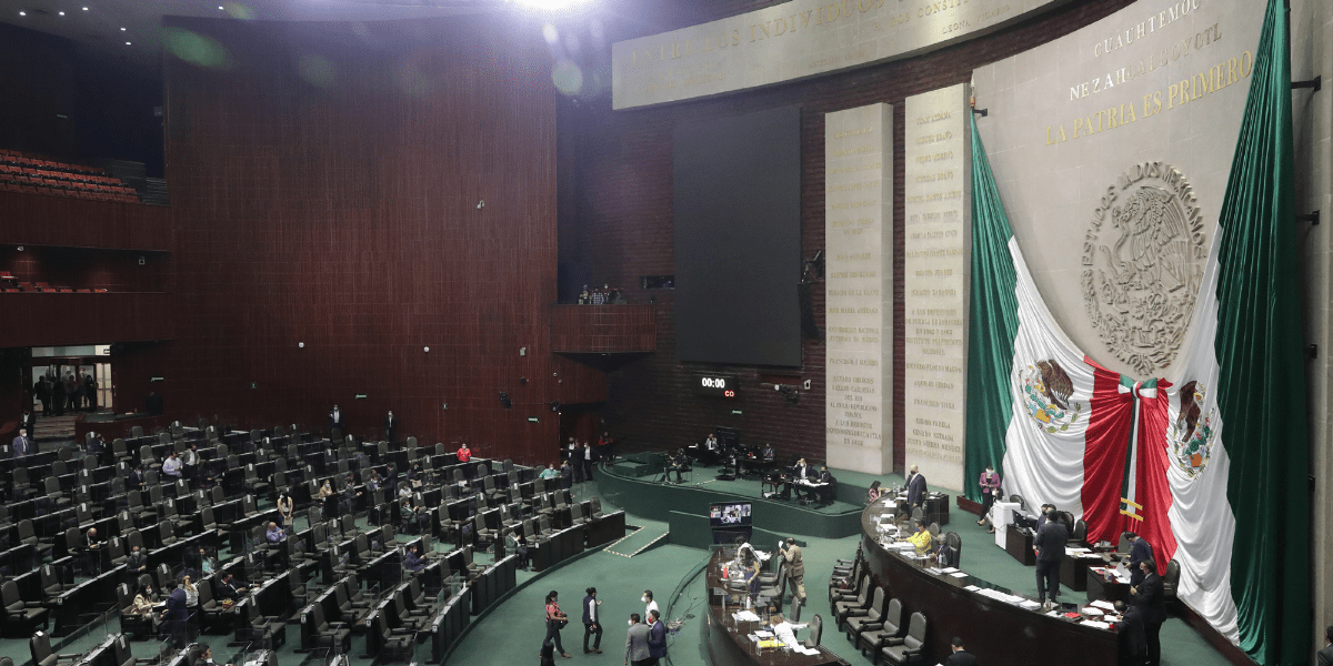 Establecen contrapeso; instalan la LXV Legislatura